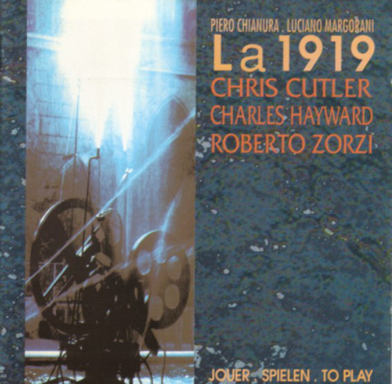 La 1919 — Jouer. Spielen. To Play